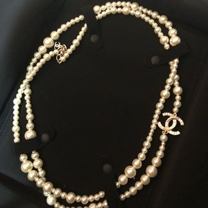 Chanel 1 pendant pearl long necklace